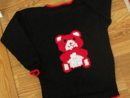 TEDDY BEAR SWEATER 004 (570x428)