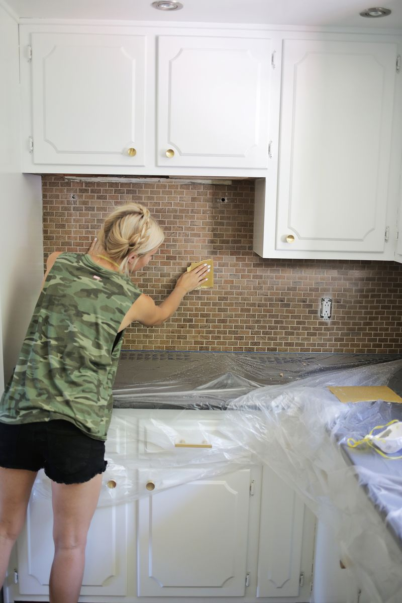 How to Paint a Tile Backsplash!