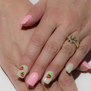 Strawberry Nail polish Design