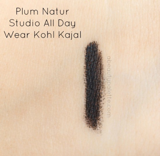 Plum Natur Studio All Day Wear Kajal Swatch
