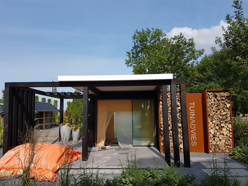 Spackspuiten tuinhuis/kantoor