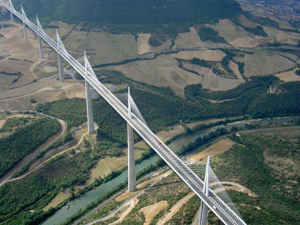 Viaducto de Millau, un proyecto de Norman Foster (6/6)