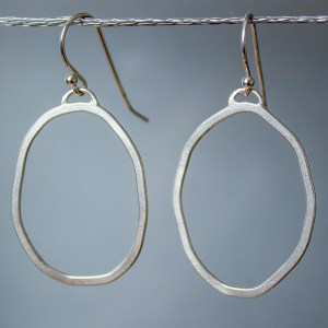 Organic hoop dangle