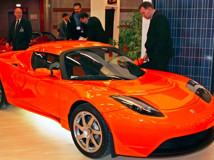 Tesla's also has plans to introduce a next generation Roadster in 2019.