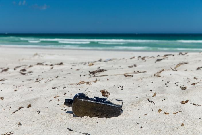 Oldest Message in a Bottle-1626_0