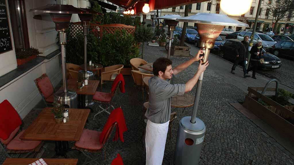 Heizpilze als Corona-Hilfe für Berliner Wirte