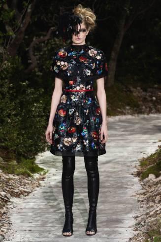 Kurzes Chanel Kleid, Blumenprint