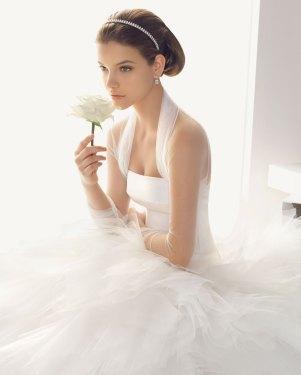 Brautkleid mit ausladendem Rock,  Rosa Clara - Brautmode aus Spanien
