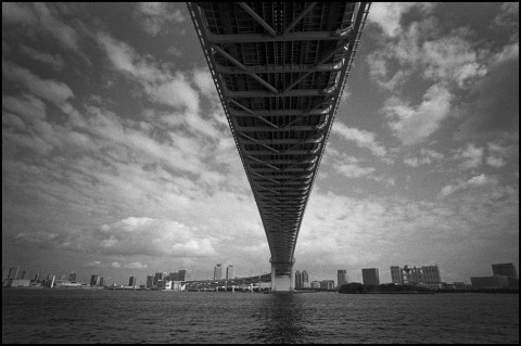 BESSA R2M ULTRON 21mm f1.8 Aspherical  Rollei RPX 400