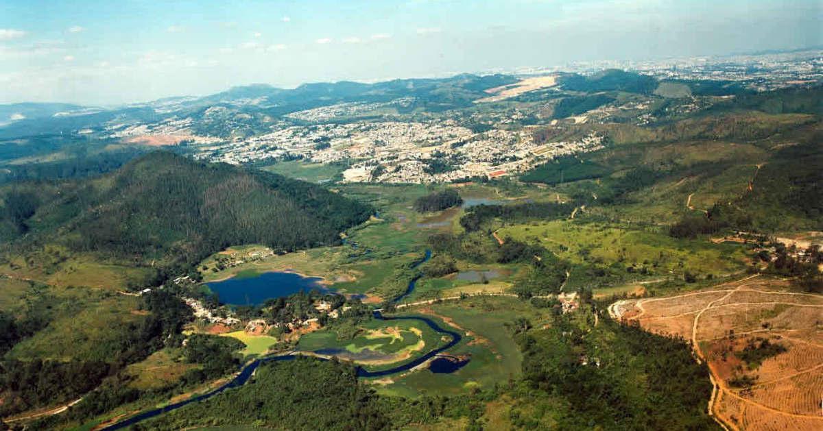Foto aérea de Cajamar, representando empreender em Cajamar - Abertura Simples
