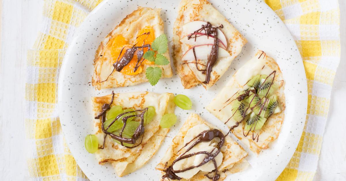 Imagem de crepes com alguns dos vários sabores que o empreendedor que quer abrir uma creperia pode fazer