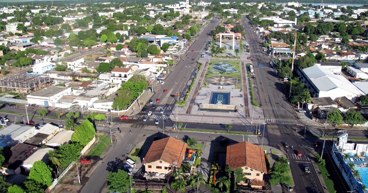 Foto aérea da cidade, representando como abrir empresa em cantá