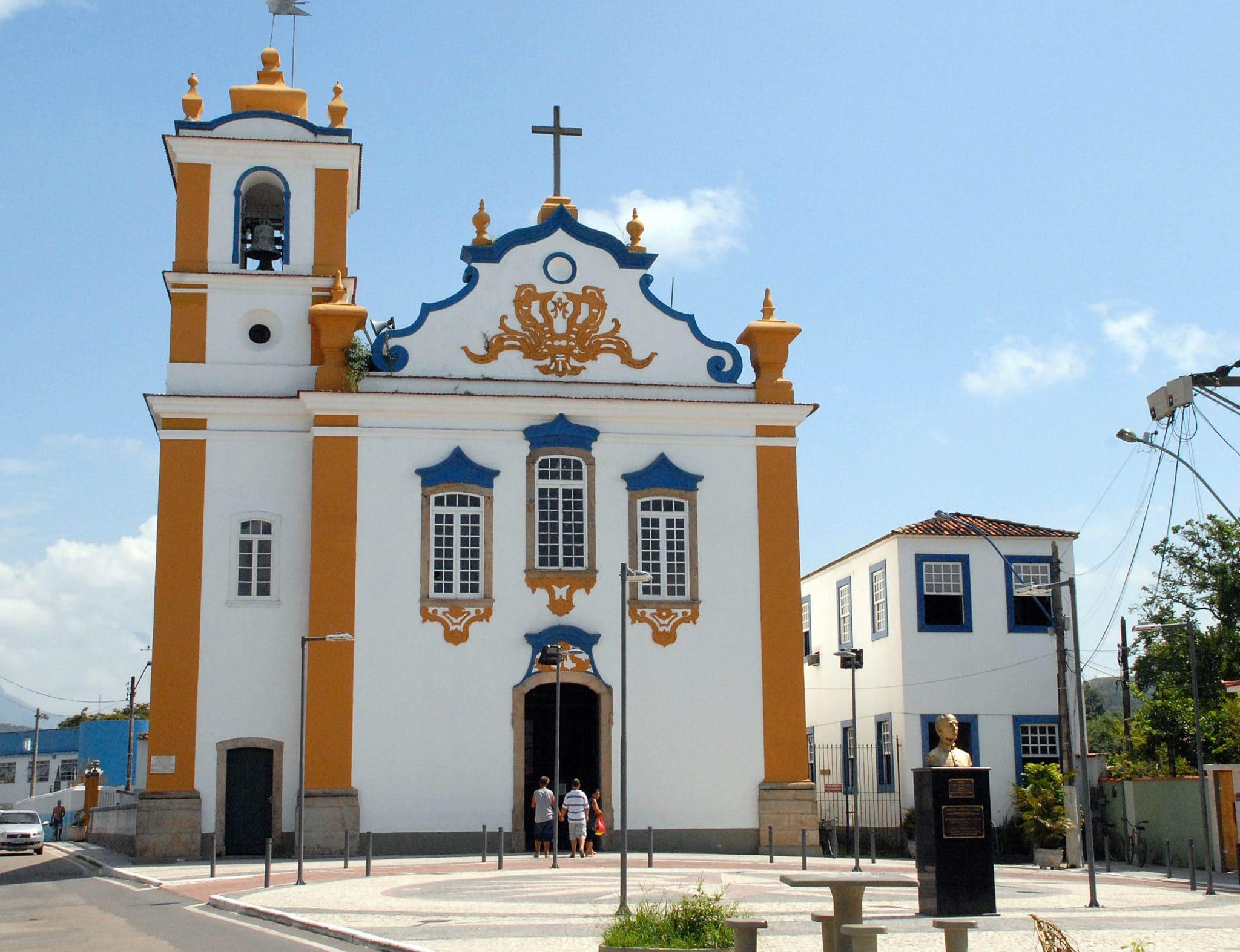Foto da Igreja símbolo da cidade para quem deseja abrir empresa em Magé