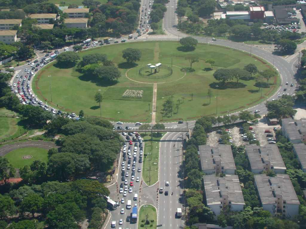 foto de praça do bairro, representando como abrir empresa em santana, em são paulo