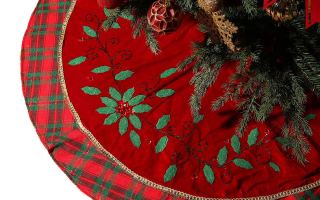 Top 10 Best Christmas Tree Skirts In 2019 Review