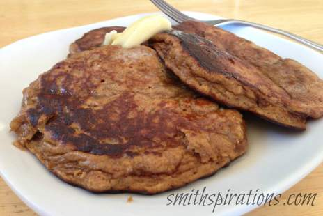 Grain-Free, Sugar-Free banana pancakes for the busy morning; packed with protein, too!
