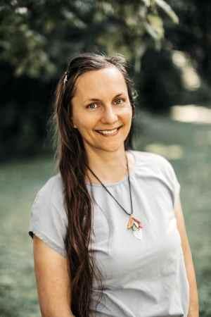 Kristen Smith, Herbalist & Aromatherapist