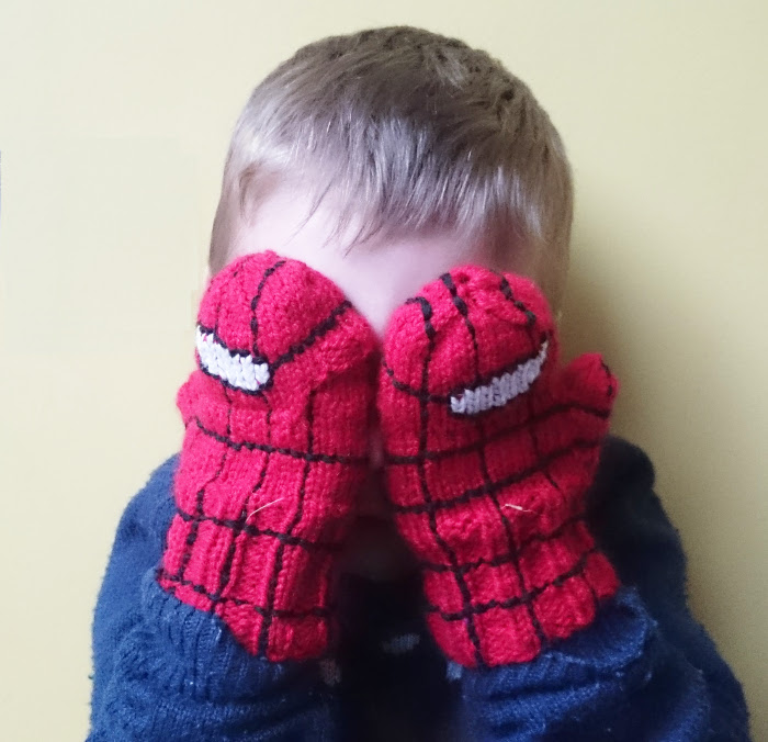 spiderman glittens