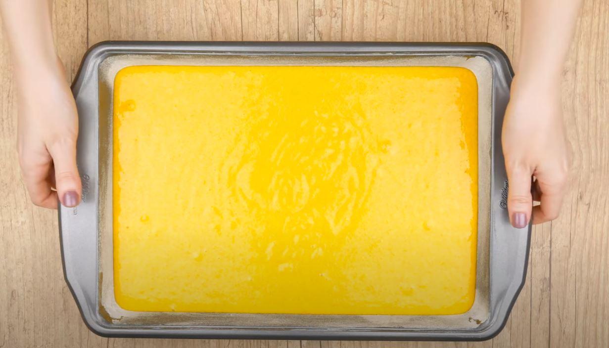 massa do bolo na forma