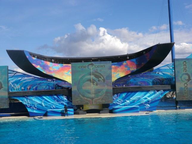 The Shamu stadium that hosts the famous Shamu  Orca show