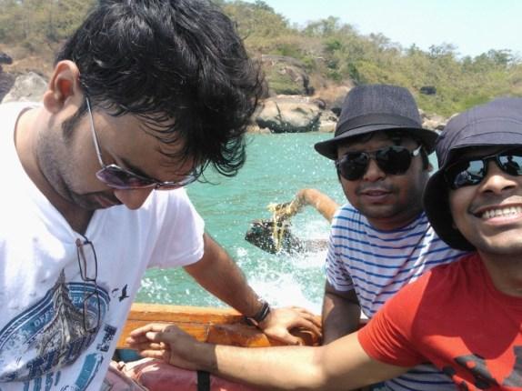 On the boat to honeymoon island!