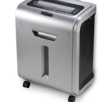 Paper shredder Office Supply Shred Capacity:10 sheets of A4 paper,Waste bin volume 26LShedder size :2x9 mm,Packing :~1/1,Measure :50.5x35.5x67 cm