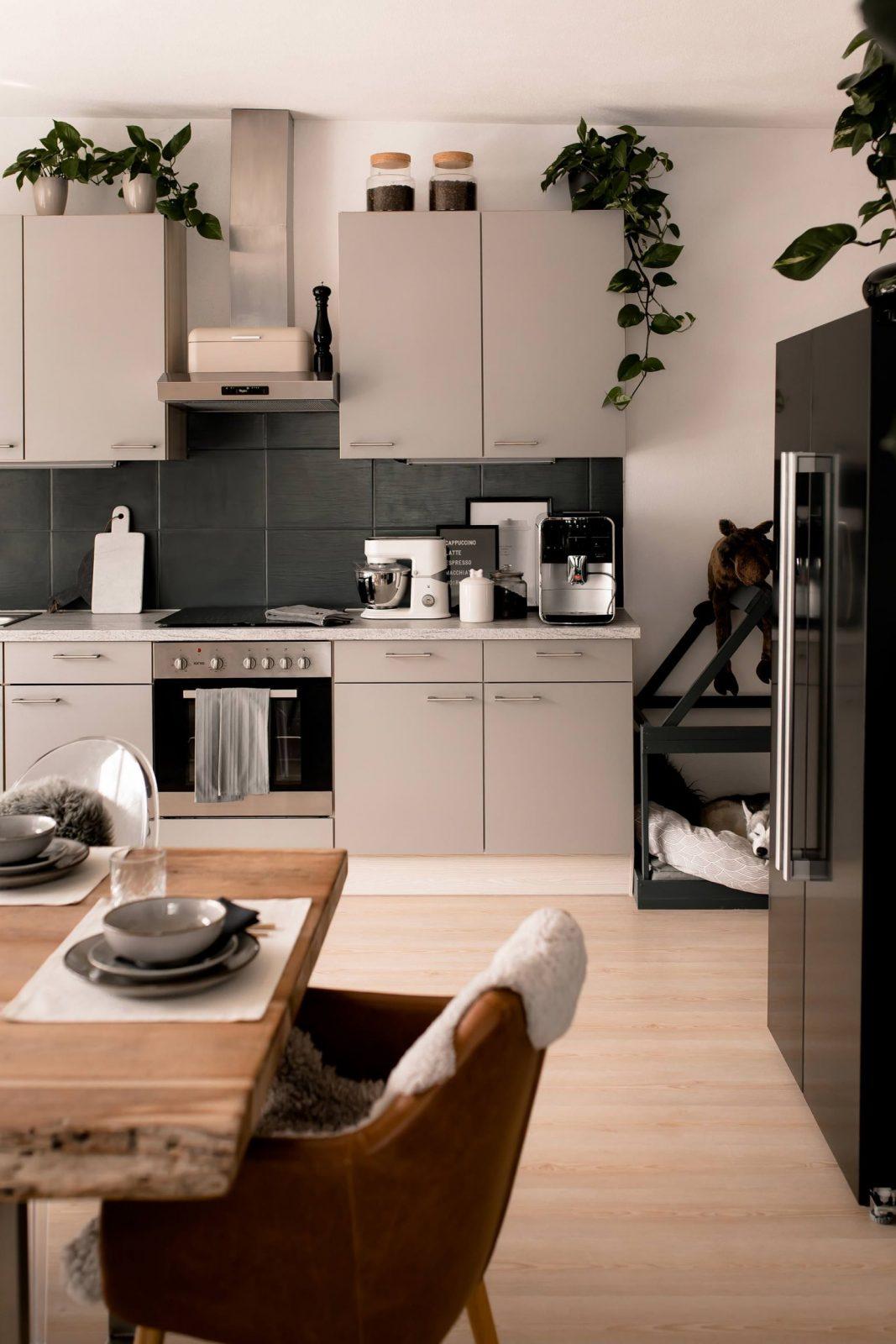 Küche Neu Lackieren Vorher Nachher  Arbeitsplatte Bekleben Mit