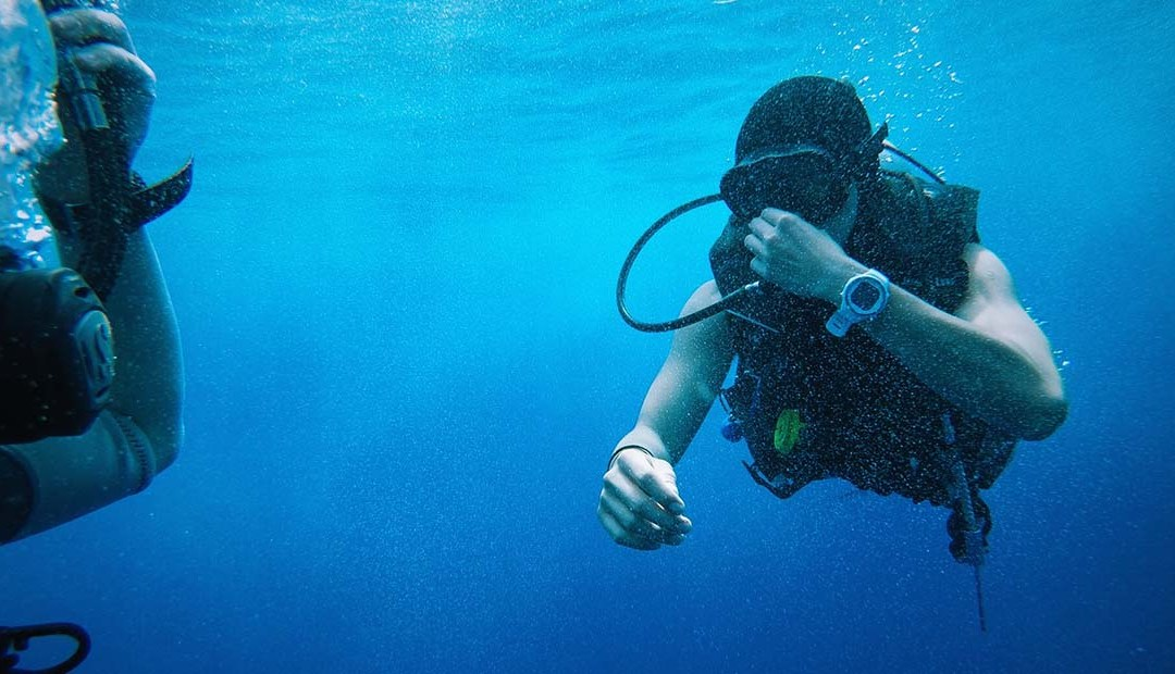 Scuba Skills: Performing a Weight Check on the Surface.
