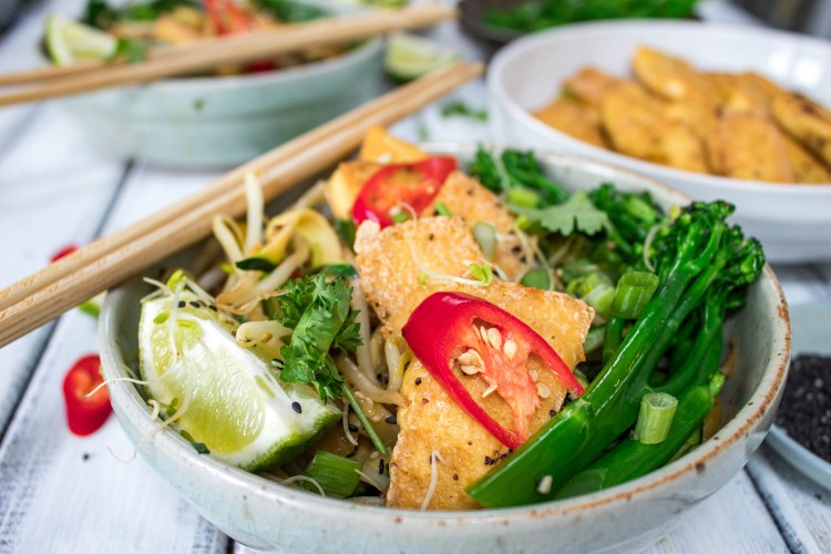 Courgette noodle stirfry with crispy tofu