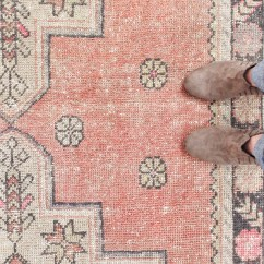 Round Kitchen Rugs Inexpensive Countertops Vintage Turkish Etsy Round-up {best Deals} | A Bit Of ...