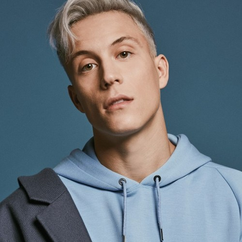 loic nottet on fire