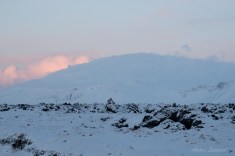 Der Snæfellsjökull ist da drunter.