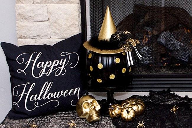 Black Cakes And Halloween Orange