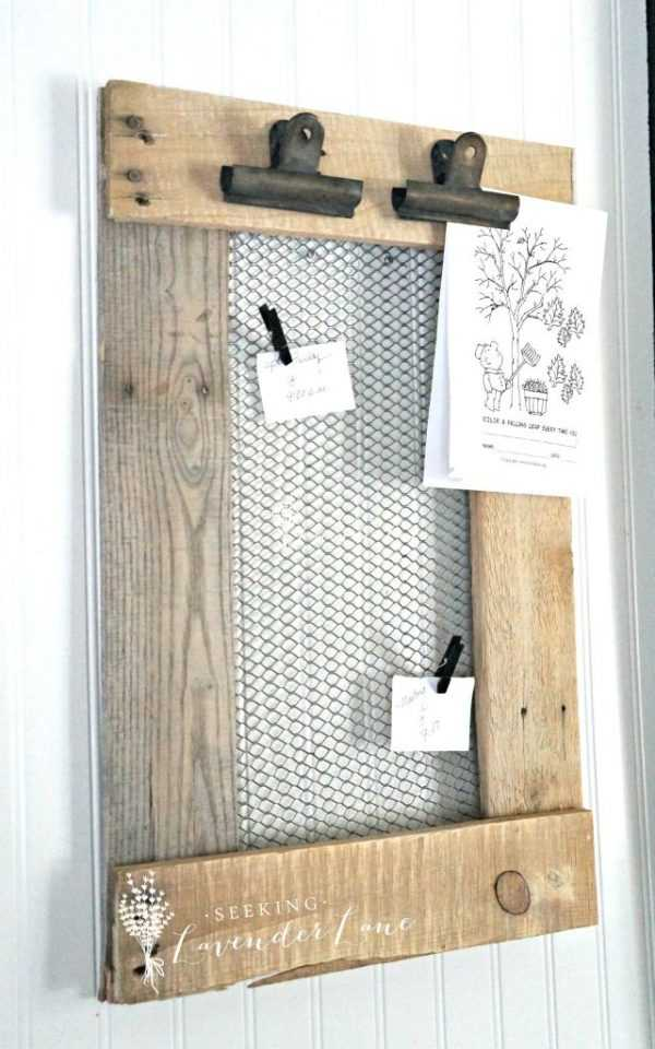 DIY Farmhouse Message Board by Seeing Lavender Lane, 20 DIY Farmhouse Projects