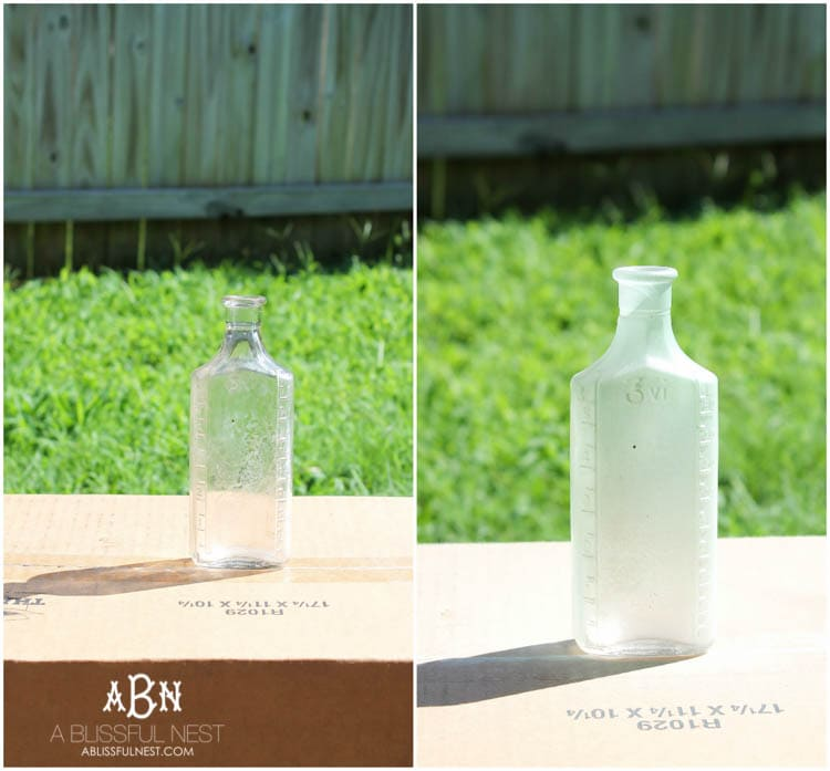 Such an easy tutorial on how to create DIY sea glass bottles using spray paint. Literally 2 steps to get this coastal décor look! See how on https://ablissfulnest.com/ #coastaldecorating #seaglassbottle #designtips #howtomake #diyseaglassbottles