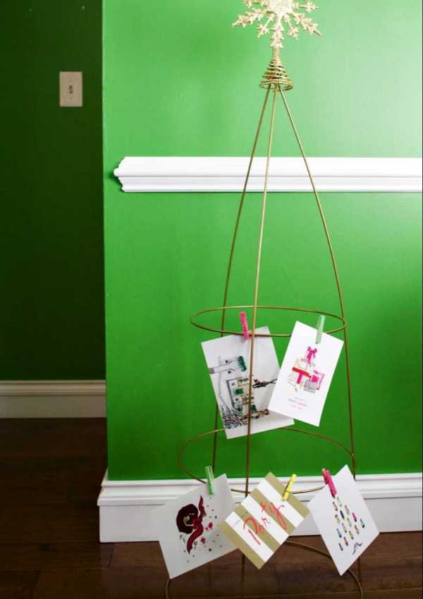 Simple DIY Holiday Card Holder