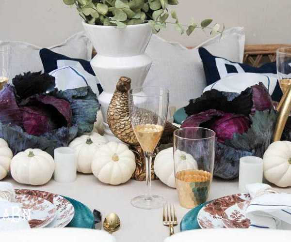 Glam + Intimate Thanksgiving Table Decor Ideas