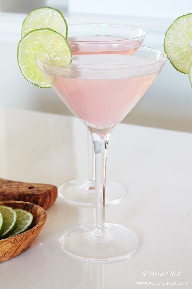 A delicious cocktail recipe for any occasion! #ABlissfulNest #drinkrecipe