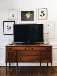 How to Decorate Around The TV with a TV Gallery Wall | A ...
