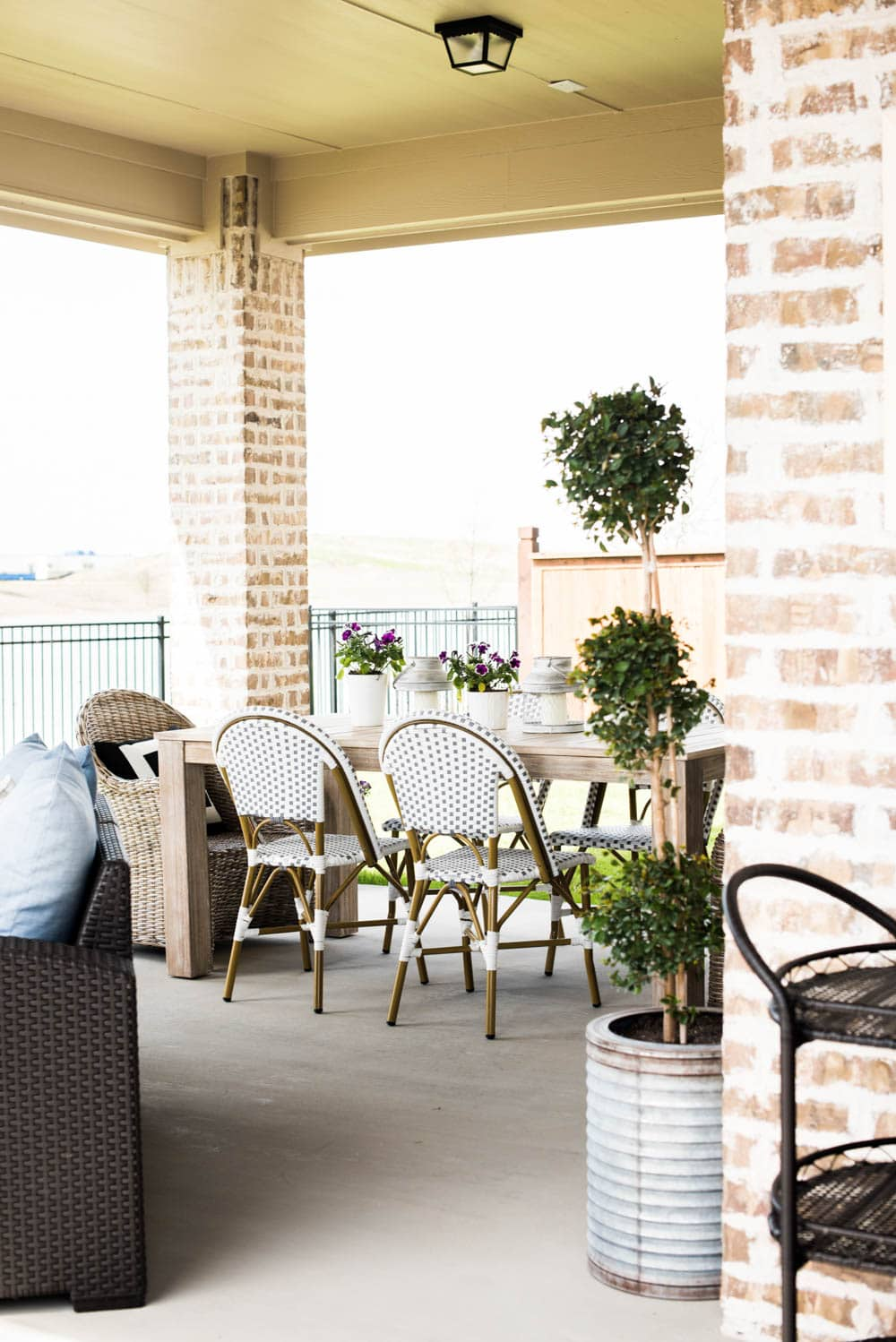 Small Backyard Patio Ideas + My Outdoor Living Space Reveal on My Garden Outdoor Living id=46261