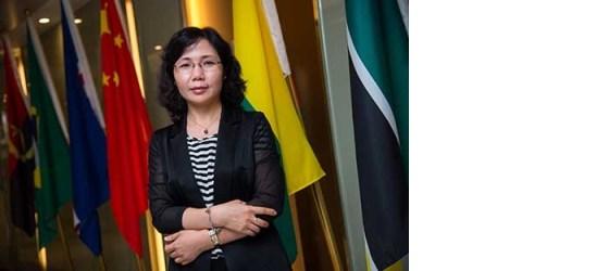 Xu Yingzhen - Secretária-geral do Fórum de Macau