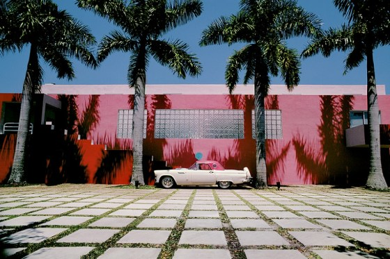 Laurinda Spear & Bernardo Fort-Brescia (Arquitectonica), The Pink House, Miami Shores, 1976-79, Photography by Eric Meola