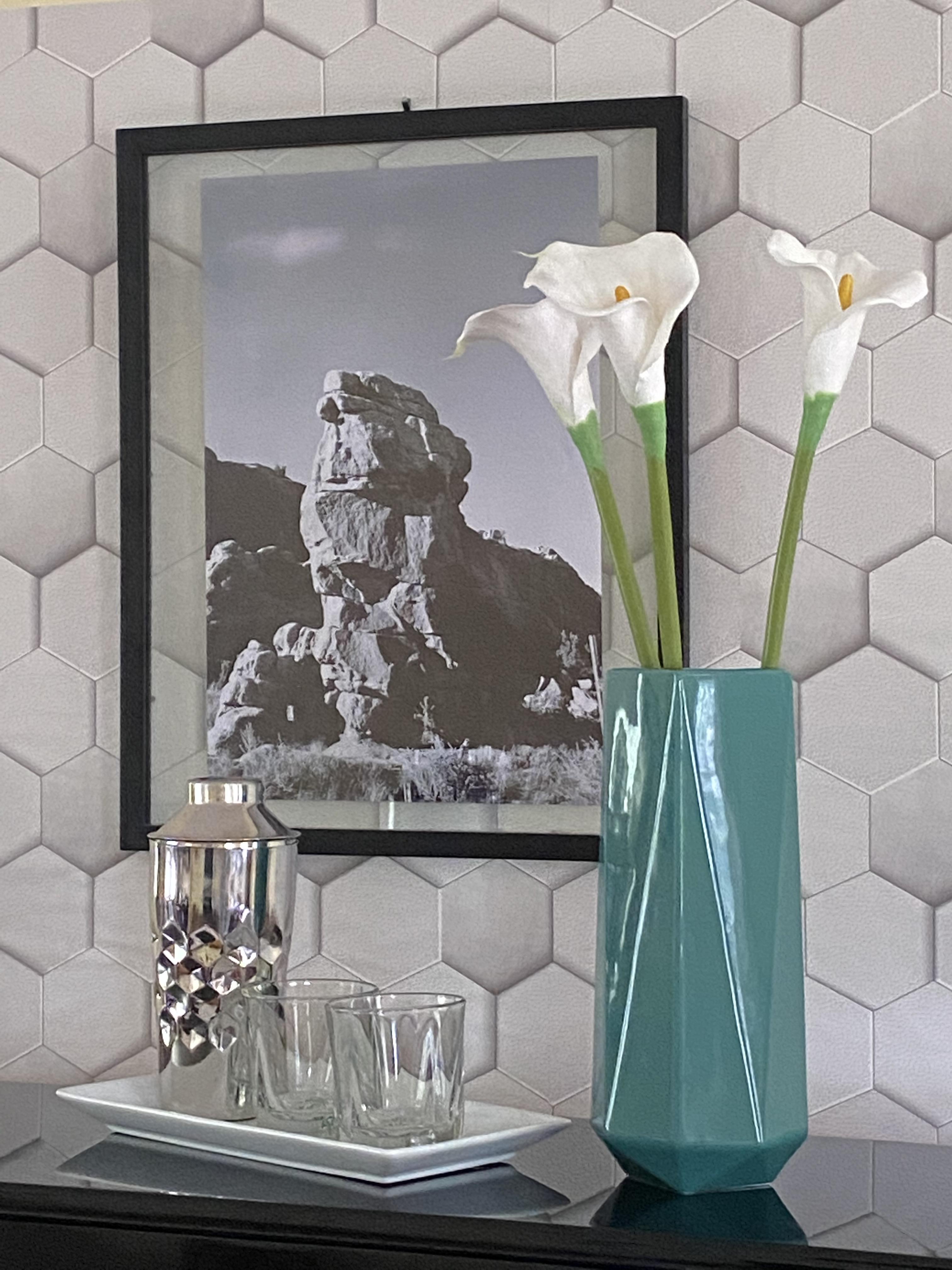 Art Deco Cool Living Room Vignette