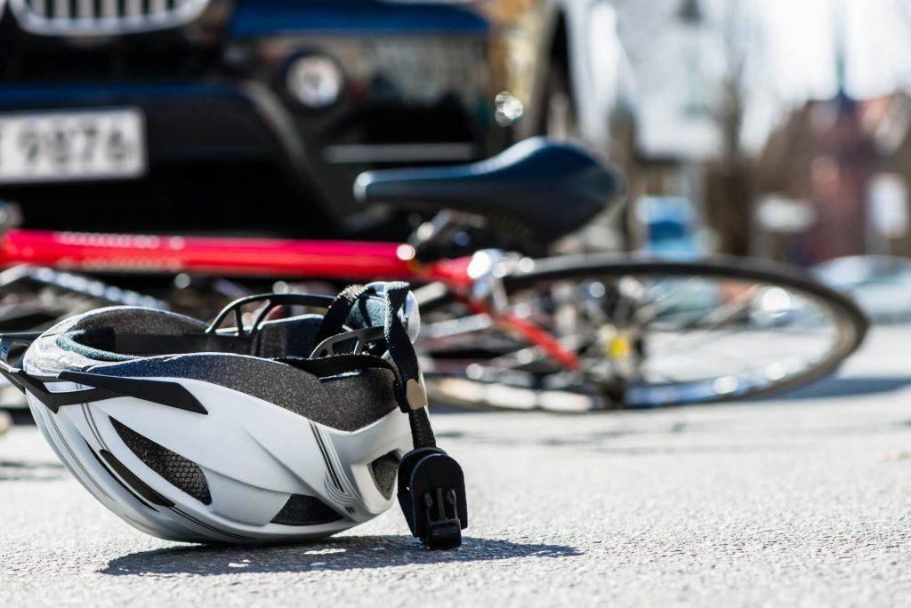 Matan a Robert Lopez en accidente de bicicleta de golpe y fuga en River Road, en Modesto, CA