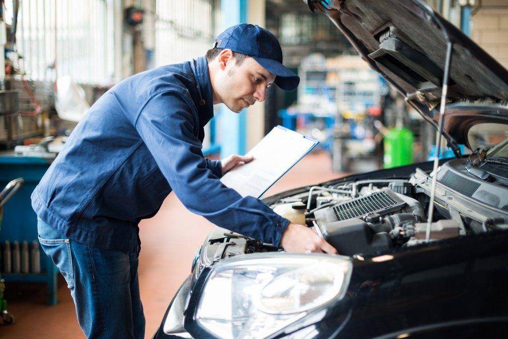 Lo Que Todo Propietario de un Vehículo Necesita Saber Sobre Defectos de Automóviles y Problemas de Seguridad, Abogados de Accidentes Ahora