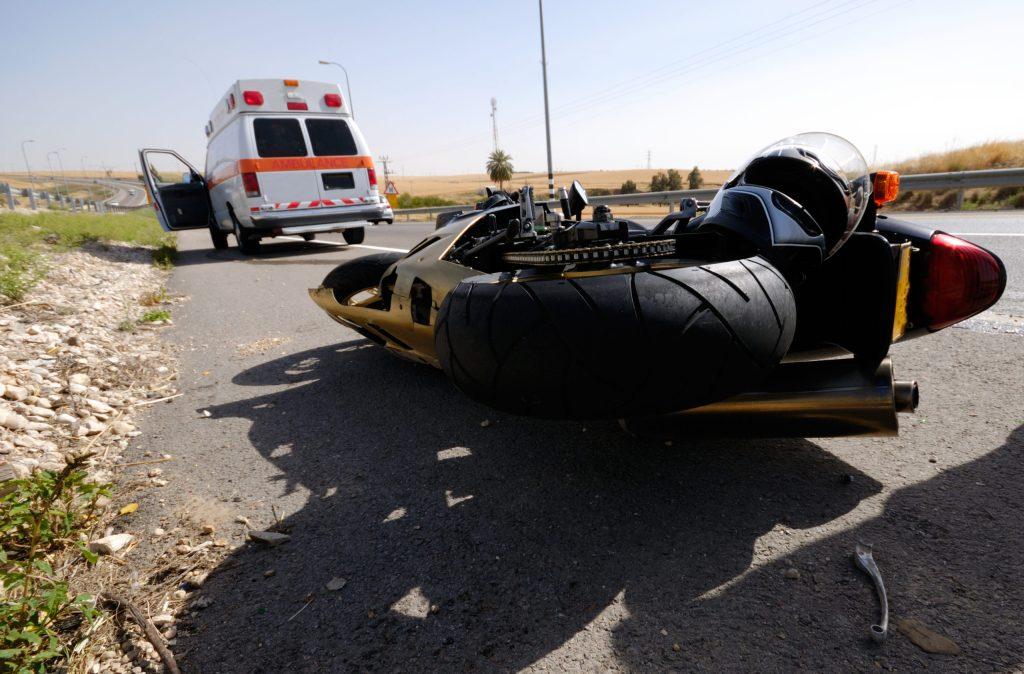 Muere Stefano Albano en accidente de motocicleta DUI en Laguna Canyon Road, en Laguna Beach, CA arrestan a Becky Ettinger