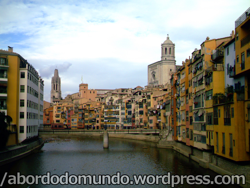 A cidade espanhola de Girona, 1h15 de Barcelona
