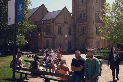 Visit and opening class at Melbourne University