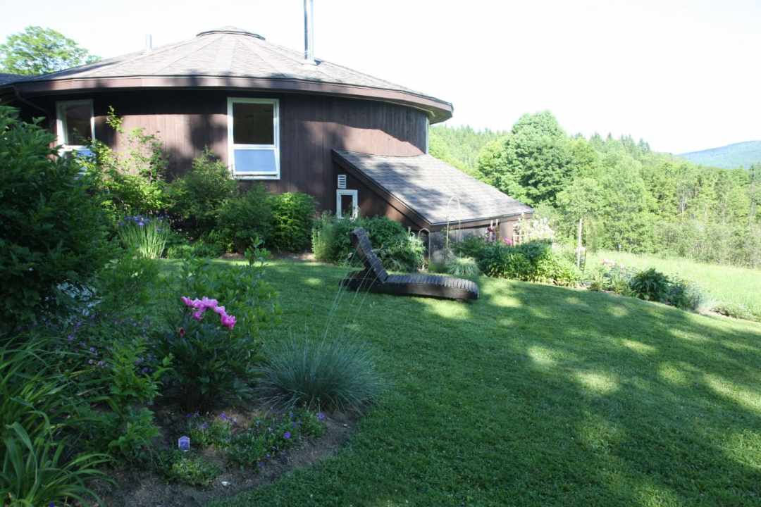 Thistle Hill - Brattleboro VT  - Landscape Design - lodge
