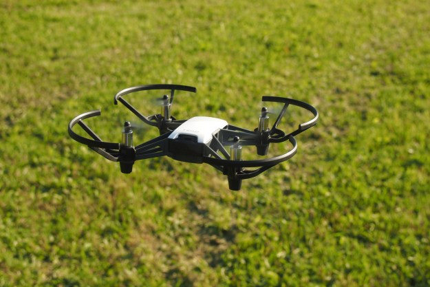 Review of the DJI Ryze Tello Mini-Drone | About Drones